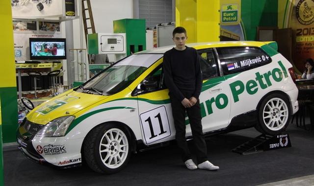 Auto-sport na Sajmu automobila 2013
