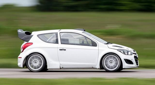 WRC - VIDEO: HYUNDAI TESTIRA SVOJ i20 WRC