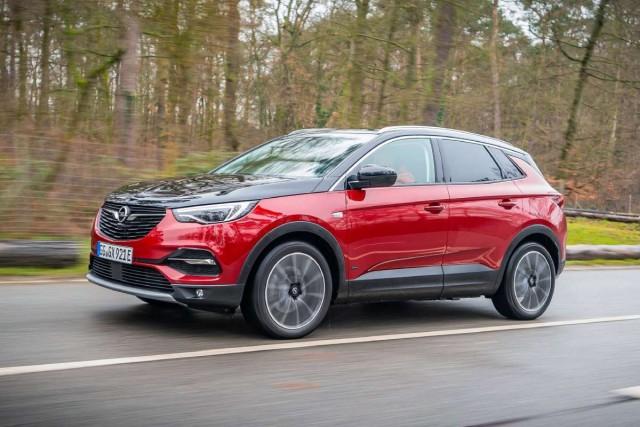 Bez opasnosti: Opel Grandland X sada sa plavom lampicom